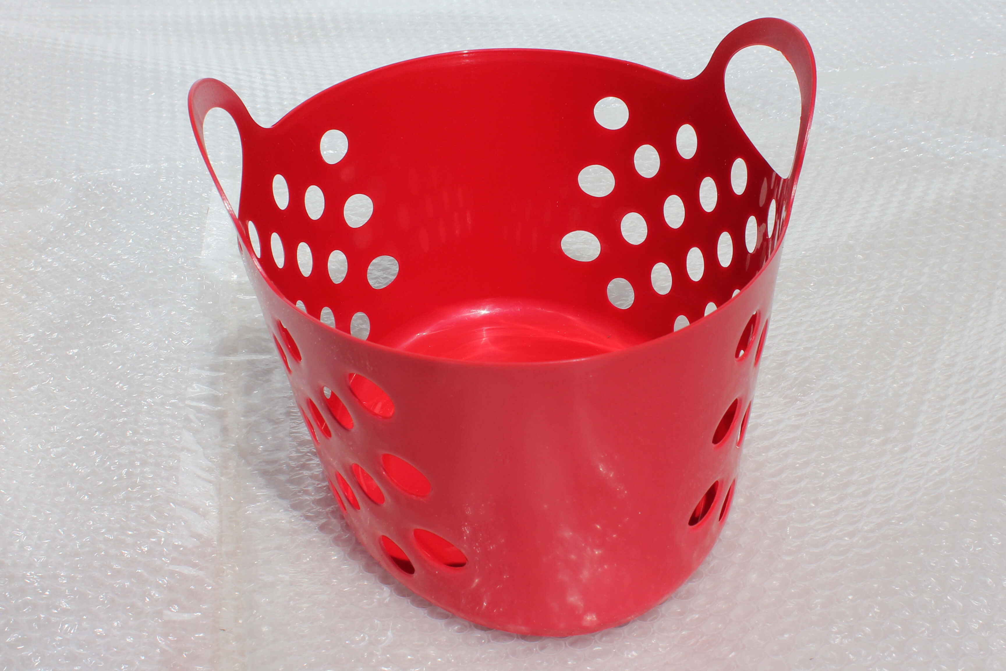 Red Plastic Baskets With Dual Handle Storage Baskets